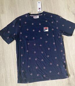 Fila T-Shirt Herren Gr. S Fila Over Print Sommer Shirt Reign Tee