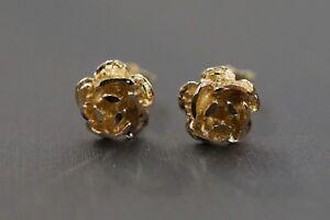 Beautiful 14K Yellow Gold 3D Diamond Cut Flower Stud Earrings!! (1210914)