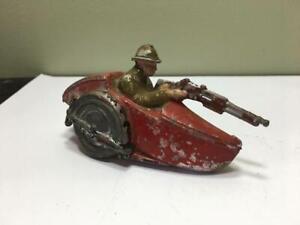 Side Car jouet ancien en métal Quiralu ? Cofalu ? Aludo ?