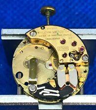 ANCIEN VINTAGE Mouvement Montre UHRWERK Clockwork BULOVA Accutron 2300 Quartz