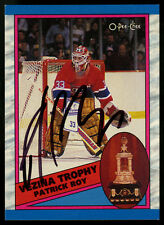 1989-90 OPC O-PEE-CHEE~#322~PATRICK ROY~AUTOGRAPHED~NO UNIFORM NUMBER