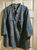 Catherines Plus Button Down Blue Floral Top 2X 22 24W  Woman