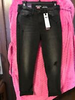 Misses Denizen by Levi High Rise Ankle Skinny Black Jeans Size 6 &12  Reg. $44