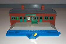 TOMY Thomas Train (Plarail - Blue Track) FFARQUHAR STATION w/ Stop & Go Track