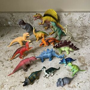 Lot Of 16 Toy Dinosaurs
