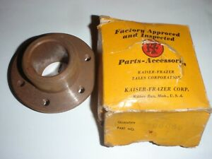 NOS Crankshaft Pulley Hub 1947-1950 Kaiser & 47-51 Frazer 226 6-cyl # 200086