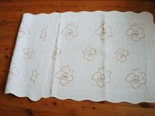 Blooming Gold Roses Cotton Quilted Mat Runner 70x180cm