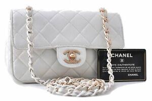 Auth CHANEL Calf Skin Matelasse Chain Shoulder Cross Body Bag White CC C8936