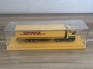 """DHL Shipping SEMI TRUCK & TRAILER 7.5"""" Model in case Excellent Clean"""
