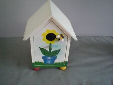 """Charming Wooden Flower With Bee Bird House 9"""" x 7 """""""