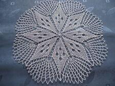 rundes gestricktes Deckchen rund  31 cm weiß Baumwolle Mitteldecke