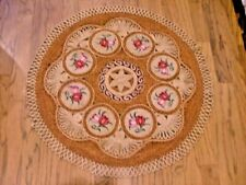 """Hand Woven India Jute Area Natural Rug Intricate 35"""" Diameter Red Pink Roses"""