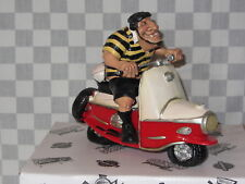 RESIN CARICATURE THE COMICAL WORLD RUGBY SCOOTER A B GEE #755 WS60645