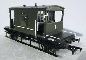 Bachmann 30-130 - MoD WGM 4803 25T Pill Box Brake Van Dark Green Livery T48 Post