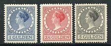 NETHERLANDS QUEEN JULIANA SCOTT#161/63 MINT LIGHT HINGED ORIGINAL GUM