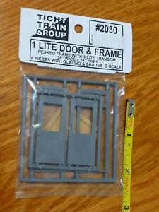 Tichy Train Group #2030 (O Scale) 1-Lt Door/Frame/Trnsm (w/Glazing and Shades)