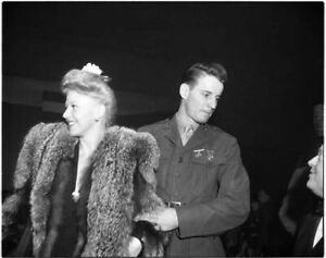 Ginger Rogers 1940's rare Candid in fur coat Original 5x4 B/W Camera Negative