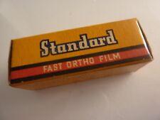 Rara Cámara de película de estándar 127 Sellado de película vintage no utilizados Exp 1965