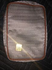 United Airlines Travel Business Cosmetic Amenity Kit Pouch Bag & H2O Accessories