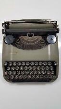 Corona Zephyr Deluxe ultra Portable Typewriter