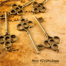 5 Antique Style Vintage Large Bronze key charms pendentif 001