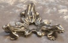TRIPLE FROG STAND PEWTER