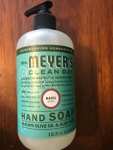 Mrs. Meyer's Clean Day Liquid Hand Soap. Basil Scent 12.5 Oz