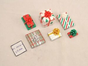 Christmas Gifts w/ Fancy Bow 1/12 scale miniature DHS25017 COLORS DO VARY