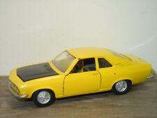 Opel Manta Coupe - Auto Pilen Spain 1:43 *34929
