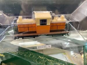 bachmann spectrum on30 Whittcomb 50 Ton Center Cab Diesel DCC And Sound!!!
