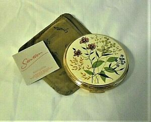 VINTAGE  ENAMEL POWDER COMPACT BY STRATTON SIGNED SUPER CONDITION