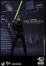 Hot Toys Star Wars IV Return of The Jedi Luke Skywalker 1/6 Scale Figure In Hand