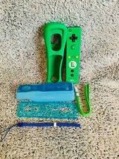 NINTENDO Wii LUIGI Green OEM Official Remote Motion Plus CONTROLLER Lot Set Case