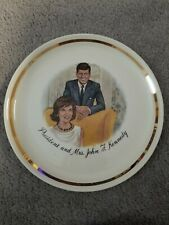 "President and Mrs. John F. Kennedy - Vintage 1960s Collectors 9"" Plate Gold Trim"