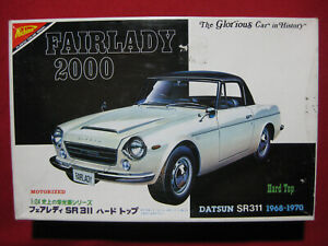 1968 Datsun Fairlady 2000 SR311 Hard Top 1/24 Nichimo Motorized Vintage Nissan
