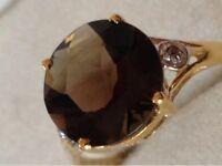 10K YELLOW GOLD NATURAL SMOKEY TOPAZ AND  DIAMOND RING - 1.8 GRAMS