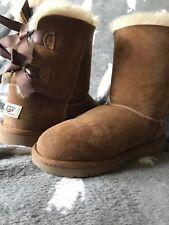 UGG Australia Womens Bailey Bow II Boots, Chestnut