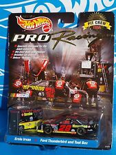 Hot Wheels Pro Racing 1998 Pit Crew E Irvan #28 Havoline Thunderbird & Pit Box