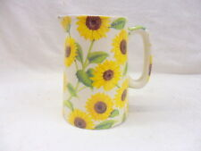Heron Cross Pottery Sunflower half pint jug