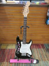Fender Squier Mini Strat Hello Kitty Guitar