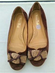 Van Dal Ballerina Style Shoes with gold bead bow. Size UK 6 EU 39