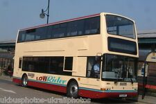 Reading Buses PO51WNF Bus Photo Ref P1363
