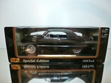 MAISTO 31681 FORD 1950  - BLACK 1:18 - VERY GOOD IN BOX