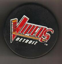Detroit Vipers Pratt & Lambert Paints P & L Ihl Hockey Puck Earl Stick Snakeless