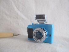 L081 Blue System Digital Camera w/ Flash Lighting Miniature Key chain 1:4