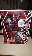 Muñeca Monster High Ghoulia ayuda a Original Wave 1 MIB