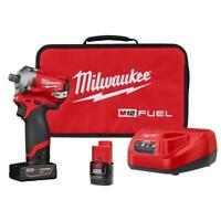 Milwaukee M12 FUEL 2555P-22 12-Volt 1/2-Inch Stubby Pin Impact Wrench Kit