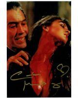 CAROLINE MUNRO signed Autogramm 20x28cm DRACULA In Person autograph COA
