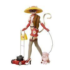"MIB Kurt Adler Alley Cats Kitty Q Working Class 8"" FIGURINE Lady Poodle Mower!"