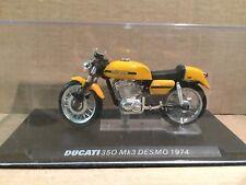 """DIE CAST  """" DUCATI 350 Mk3 DESMO 1974 """"  MOTOMANIA  SCALA 1/24"""